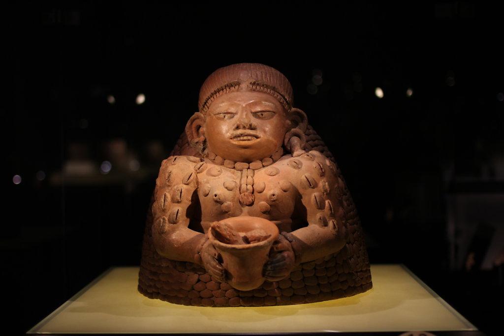 Maya-Kakaogoettin.JPG