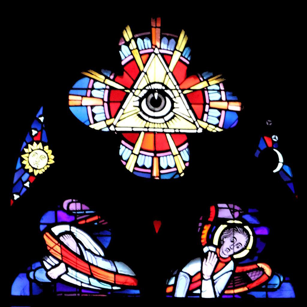 Allsehendes Auge, Gottvater (Vierpass linkes Chorfenster)