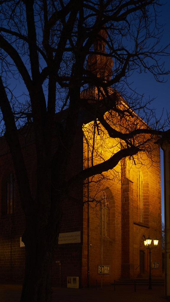 10: St Martin zur blauen Stunde
